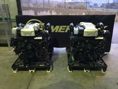 2 Motori MERCRUISER 8.2 MAG HO 430 HP  comprensivi di Piede BRAVO X Moteurs