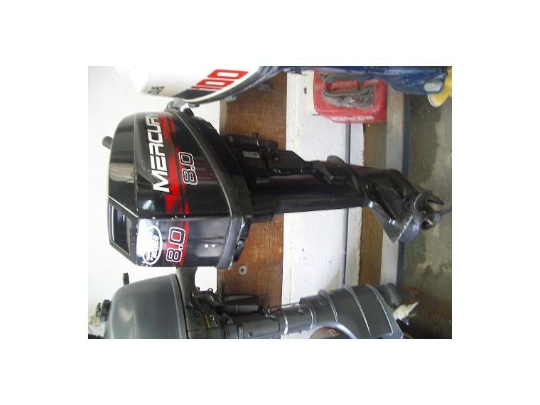 motor mercury 8cv 2t de seconde main 56655
