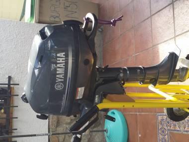 Vendo Motor Fueraborda Yamaha F6CMHS, 6CV, 5 horas de uso Moteurs