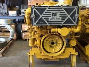 marine engine caterpillar 3412E of 780 h.p to 1800 r.p.m very good condiction  --------------------------------------------- En venta motor marino caterpillar 3412E de 780 h.p a 1800 r.p.m Moteurs