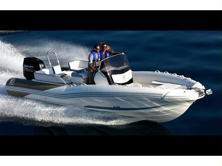 location zodiac n zo 760 bateau pneumatique 50565 inautia. Black Bedroom Furniture Sets. Home Design Ideas