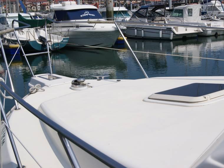 location garin 800 bateau avec cabine 68555 inautia. Black Bedroom Furniture Sets. Home Design Ideas