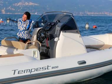 Capelli Tempest 800
