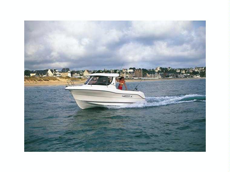 Quicksilver Captur 640 Pilothouse Bateau de pêche/promenade