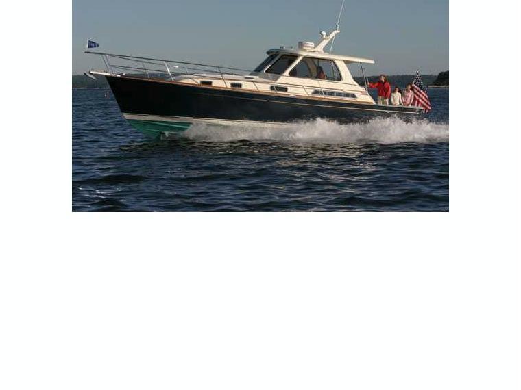 Bateau Sabre 38 Express Motor Yacht Inautia