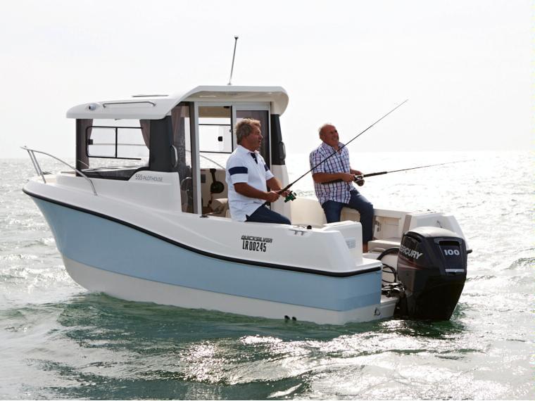 Quicksilver Captur 555 Pilothouse Bateau de pêche