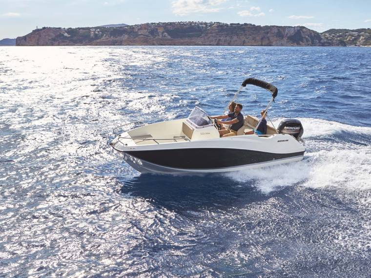 Quicksilver Activ 555 Open Bateau open