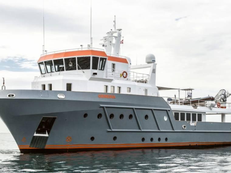 Ocean King Genesia Explorer 130 Yacht à moteur