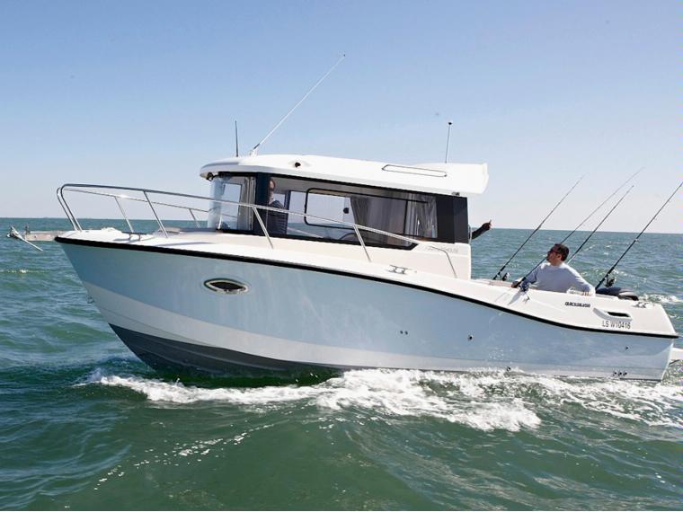 Quicksilver Captur 755 Pilothouse Bateau de pêche