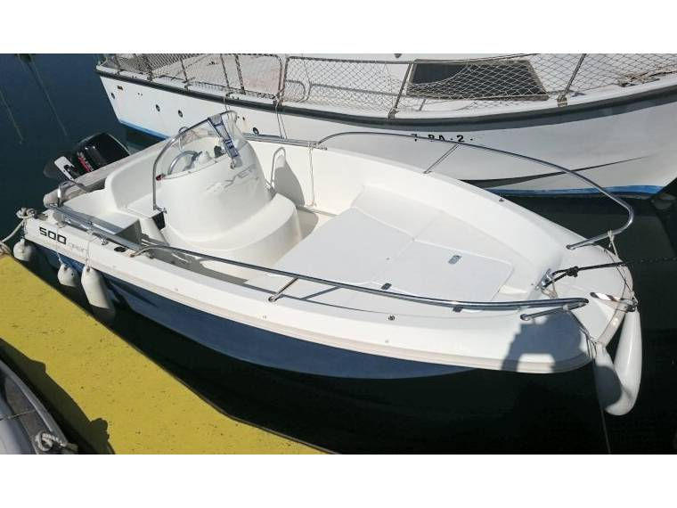 beneteau flyer 500 open en port de sitges