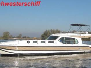 Custom Nicol's Yacht Nicols Octo Fly C New