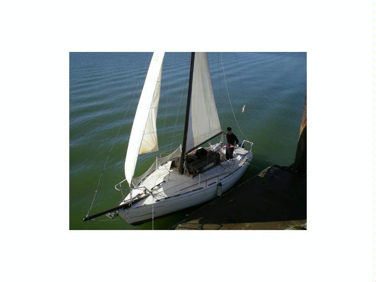 corvette en huelva voiliers d 39 occasion 53675 inautia. Black Bedroom Furniture Sets. Home Design Ideas