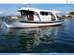 Tipo trawler madera