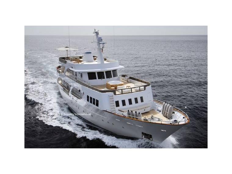 benetti sail division oldtimer en italie yacht moteur d 39 occasion 99985 inautia. Black Bedroom Furniture Sets. Home Design Ideas