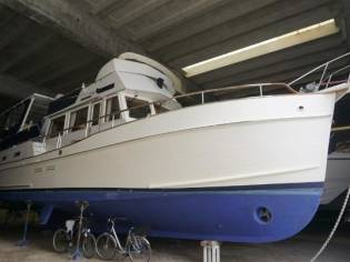 American Marine GRAND BANKS 46 Motoryacht Hardtop