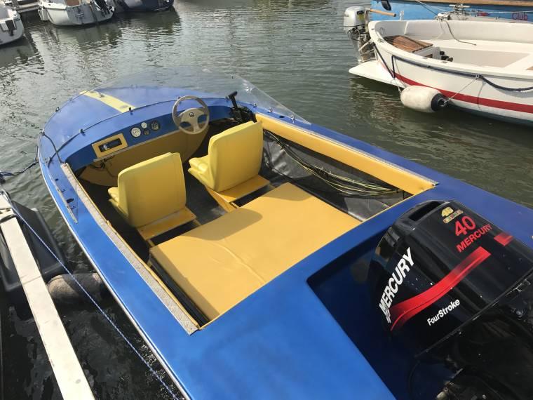 Barca 40cv 4t