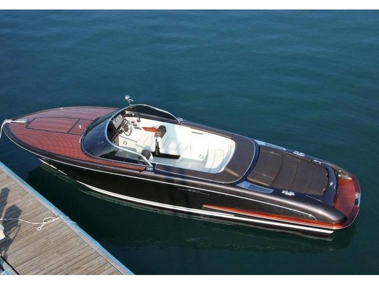 riva iseo en autriche bateaux open d 39 occasion 00100 inautia. Black Bedroom Furniture Sets. Home Design Ideas