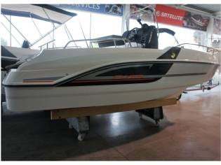 Beneteau Flyer 5.5 SPACEdeck S Motor