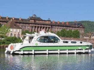 Custom Nicol's Yacht Nicols Sixto Green Electric N