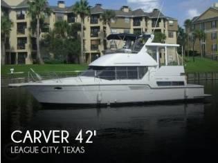 Carver 390 Cockpit Motor Yacht