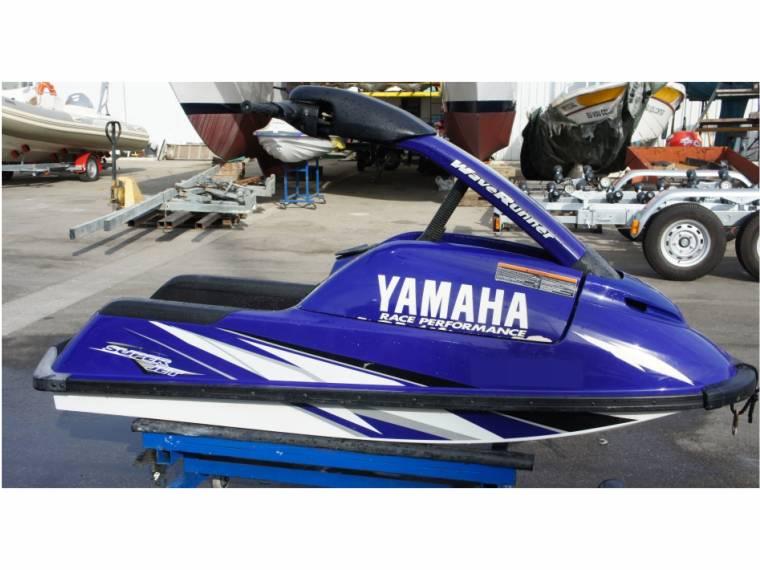 yamaha superjet 700 en m  de portim u00e3o