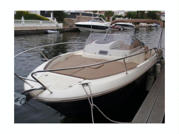bateau a moteur cap camarat 7.5 wa serie 2