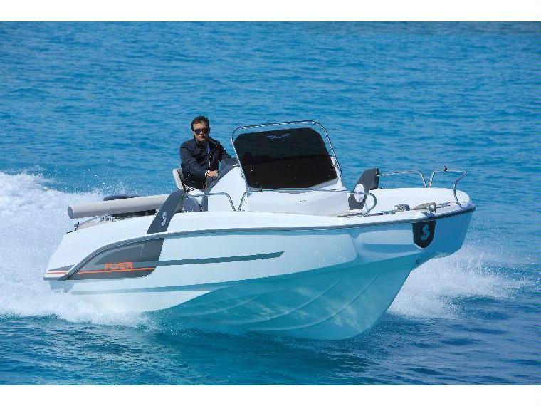 b n teau flyer 6 6 spacedeck en allemagne bateaux moteur d 39 occasion 49101 inautia. Black Bedroom Furniture Sets. Home Design Ideas