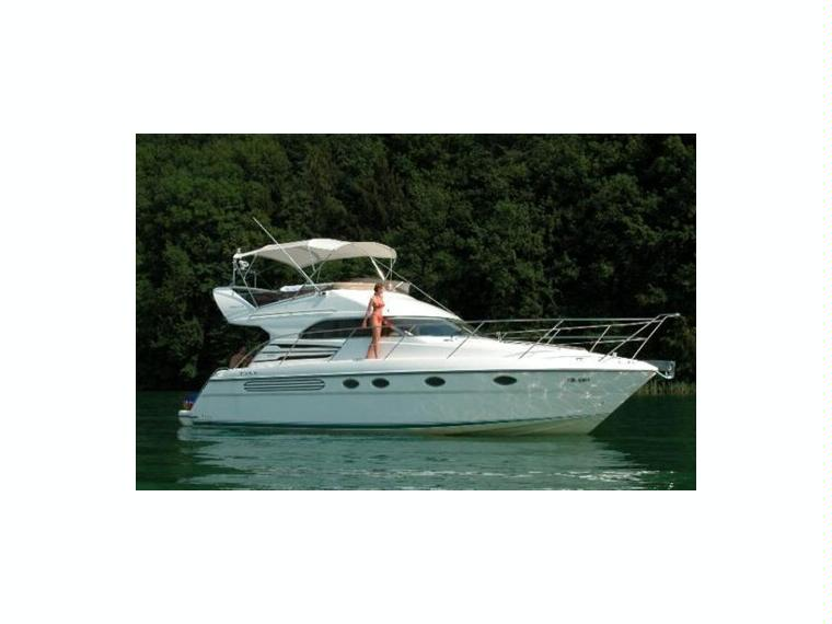 phantom 42 en v n tie bateaux moteur d 39 occasion 02995 inautia. Black Bedroom Furniture Sets. Home Design Ideas
