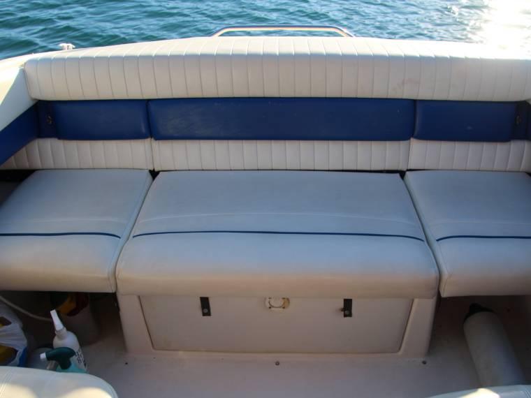bayliner 2352 bf capri en cn llan bateaux avec cabine d 39 occasion 54484 inautia. Black Bedroom Furniture Sets. Home Design Ideas