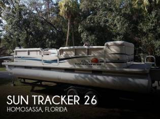 Sun Tracker Party Barge 24 Classic