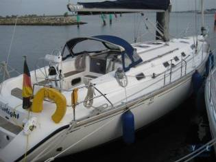 Dufour Yachts 43