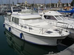 GIBERT MARINE JAMAICA 37 TRAWLER EB43708