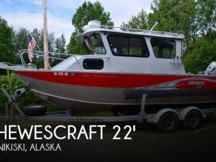 Hewescraft Pacific Cruiser 220