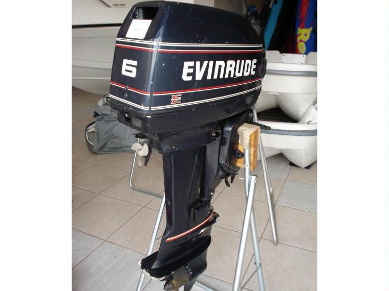 evinrude 6 c v 2 tiempos en g rone bateaux moteur d. Black Bedroom Furniture Sets. Home Design Ideas