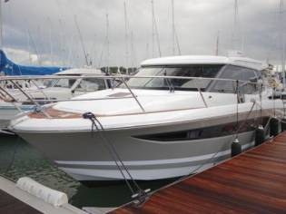 jeanneau nc11 en marina d emp riabrava bateaux moteur d 39 occasion 57676 inautia. Black Bedroom Furniture Sets. Home Design Ideas