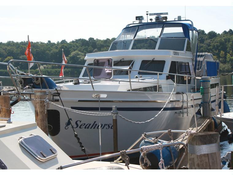 hollandia 1260 en allemagne bateaux moteur d 39 occasion 55554 inautia. Black Bedroom Furniture Sets. Home Design Ideas