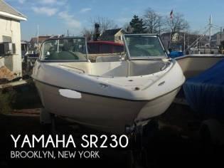 Yamaha SR230