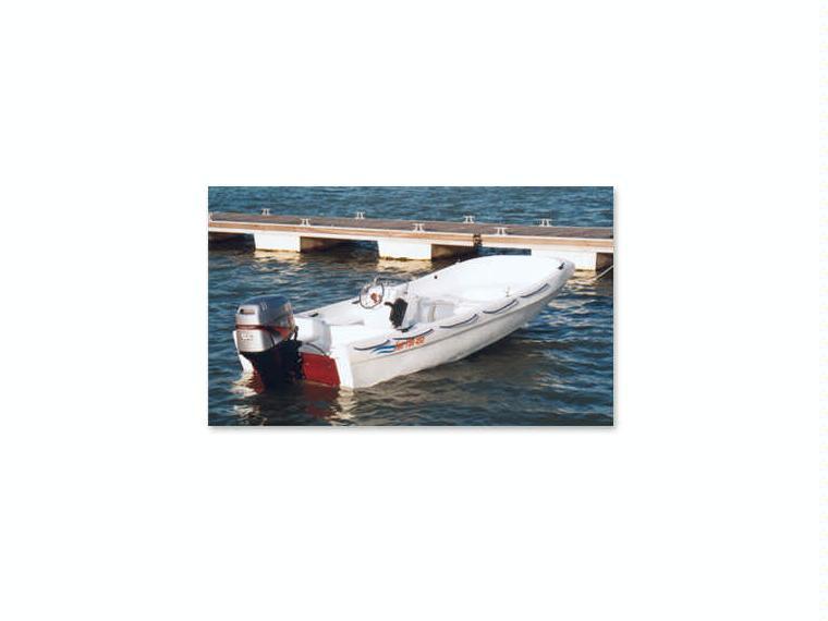 fun yak 450 en cn st feliu de guixols bateaux moteur d 39 occasion 67577 inautia. Black Bedroom Furniture Sets. Home Design Ideas