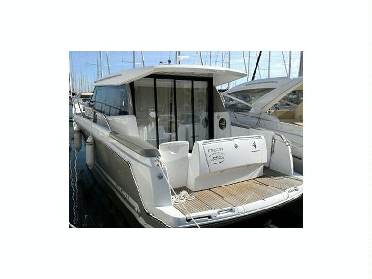 nc 11 en var bateaux avec cabine d 39 occasion 56526 inautia. Black Bedroom Furniture Sets. Home Design Ideas