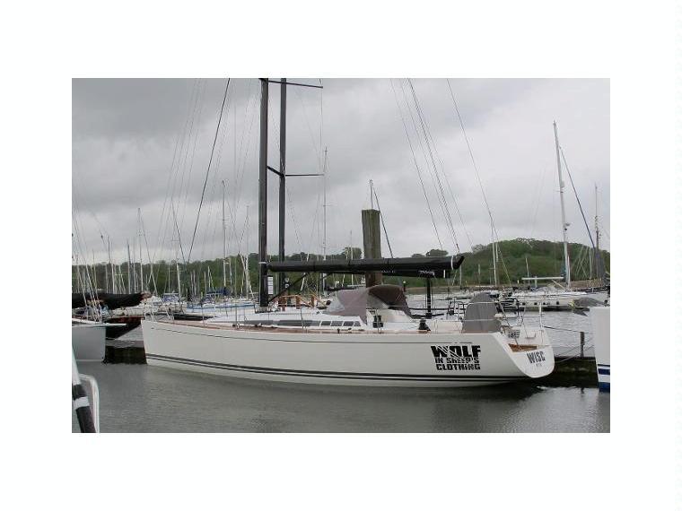 nautor swan 45 en hampshire