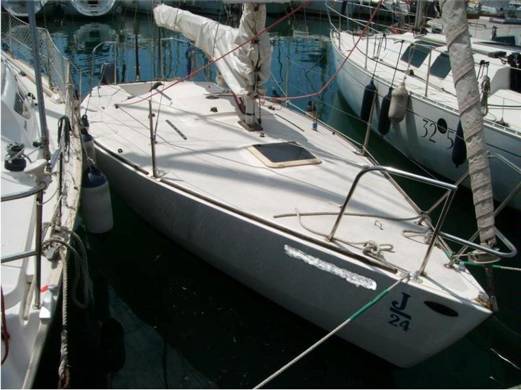 bateau j24