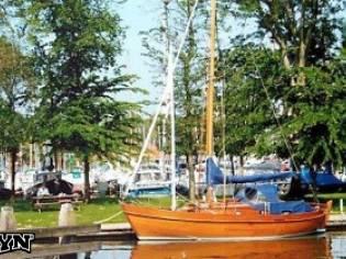 Noorse zeiljol klassieke zeilboot