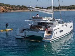 Fountaine Pajot Saona
