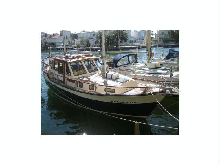 Nauticat 33 en marina d emp riabrava voiliers d 39 occasion for Salon nautique empuriabrava