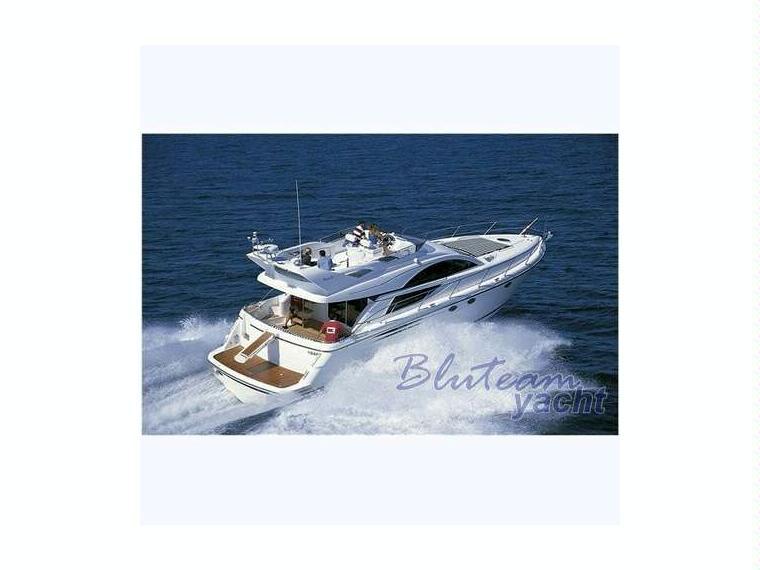 fairline phantom 50 en ligurie bateaux moteur d 39 occasion 95355 inautia. Black Bedroom Furniture Sets. Home Design Ideas