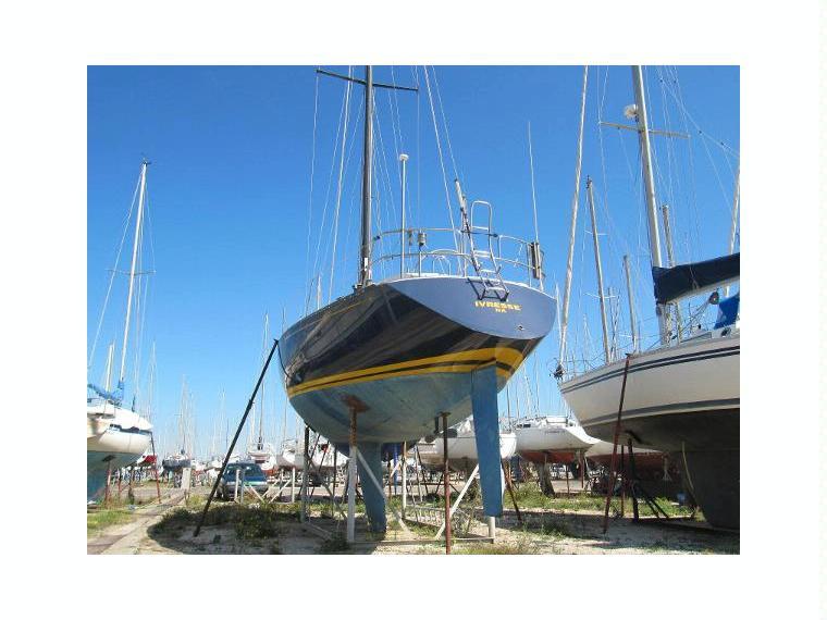 Baltic 37 en port navy service voiliers d 39 occasion 02505 inautia - Navy service port st louis du rhone ...