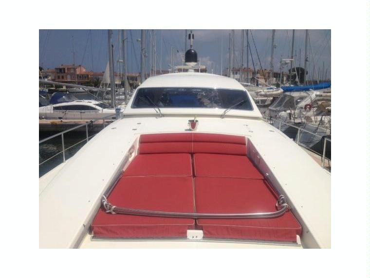 Arno leopard 23 sport en port navy service bateaux croisi re d 39 occasion 29855 inautia - Navy service port st louis du rhone ...