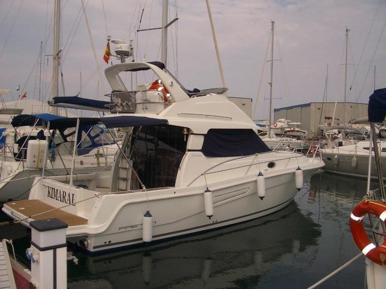 faeton 1180 fly en marina de denia