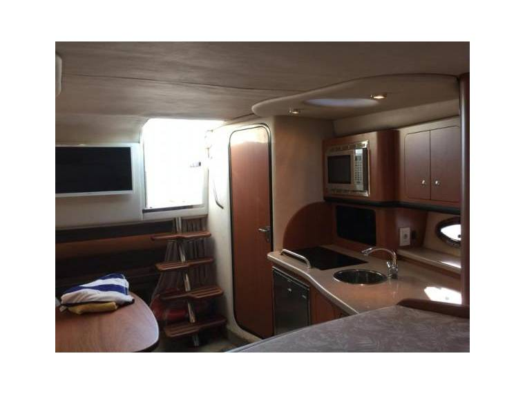 crownline 340 cr en espagne bateaux croisi re d 39 occasion 99495 inautia. Black Bedroom Furniture Sets. Home Design Ideas