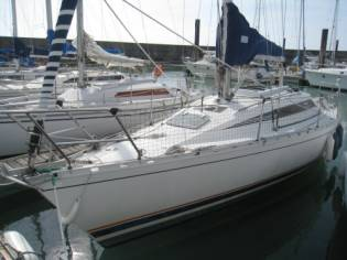 BENETEAU FIRST 305 EC43774